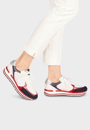 MARCO TOZZI SNEAKER - Sneakers laag - white/navy