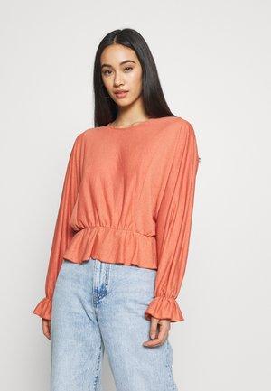 REBECCA - T-shirt à manches longues - aragon