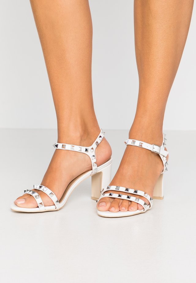 WIDE FIT ALEXA - High heeled sandals - white