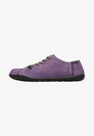 PEU PISTA - Sportieve veterschoenen - violet