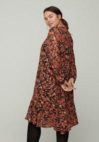 Zizzi - Day dress - orange - 1