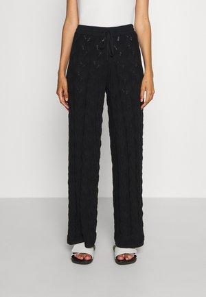 THIRIL TROUSER - Kalhoty - black