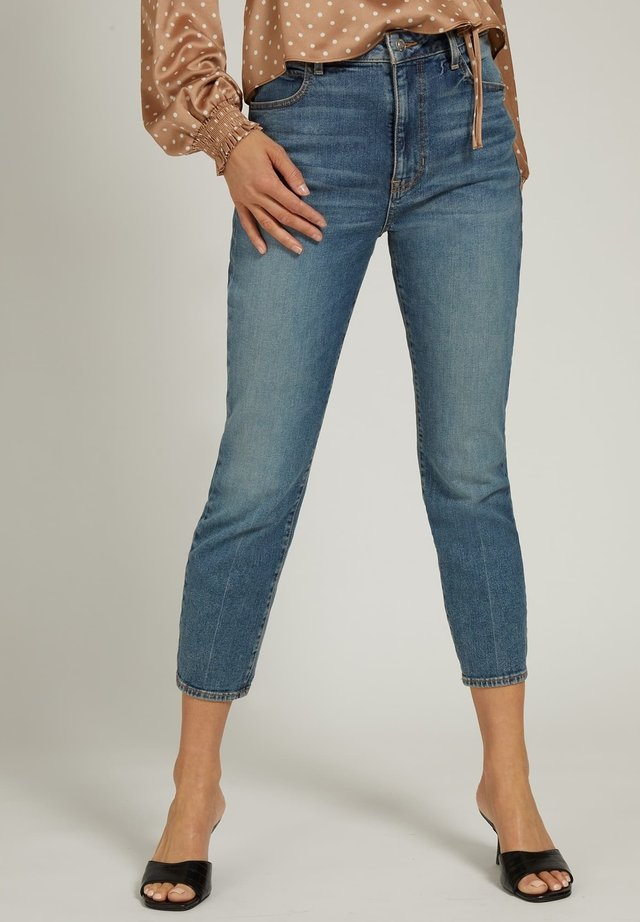 RELAXED FIT CROPPED - Jeansy Slim Fit - blau