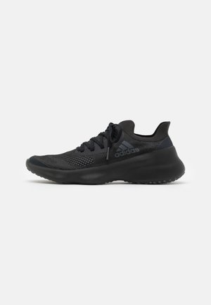 FUTURENATURAL - Obuwie do biegania treningowe - core black/grey three