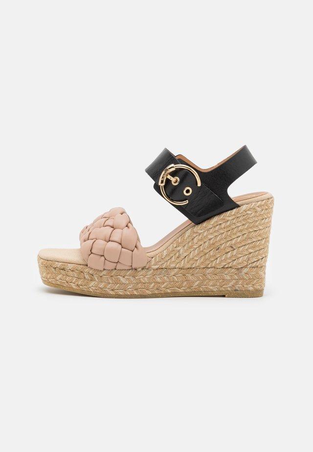 SONIA - Korkeakorkoiset sandaalit - nude/schwarz