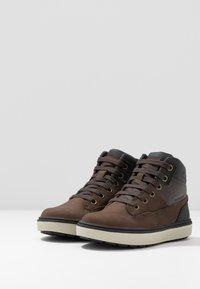 Geox - MATTIAS BOY ABX - Lace-up ankle boots - coffee/black - 3