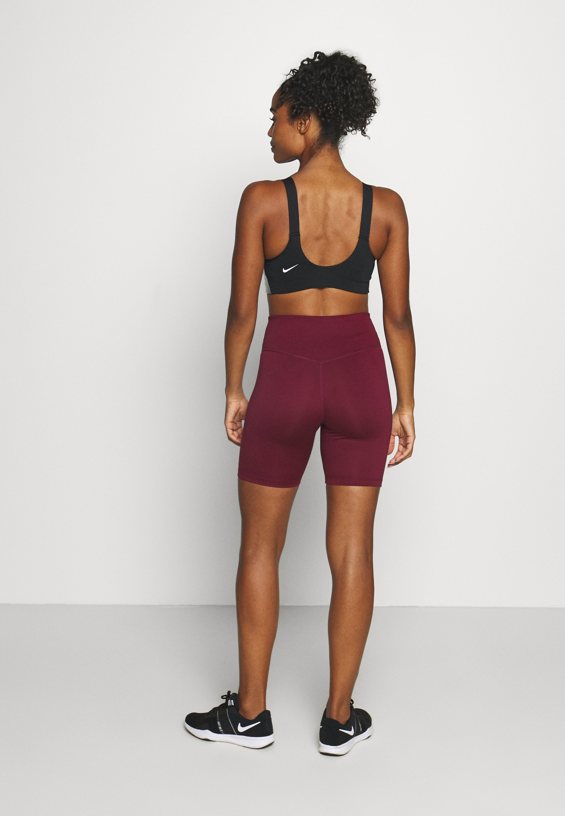 Nike Performance ONE SHORT - Leggings - dark beetroot/white rsMlW
