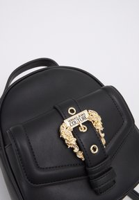 Versace Jeans Couture - SMALL BACKPBACK - Rucksack - nero - 6