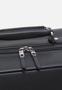 KARL LAGERFELD - IKONIK - Wheeled suitcase - black - 3