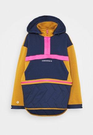 CONVERTIBLE HOODIE DRESS - Sweatshirt - dark soba multi