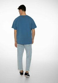 NXG by Protest - PENNAL - Print T-shirt - airforces - 4