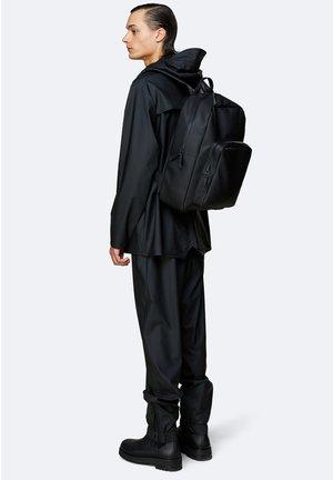 BASE BAG - Rucksack - black