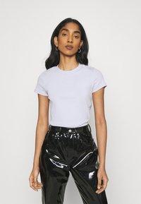 Monki - MAGDALENA TEE 2 PACK - Print T-shirt - black dark solid/lilac - 1