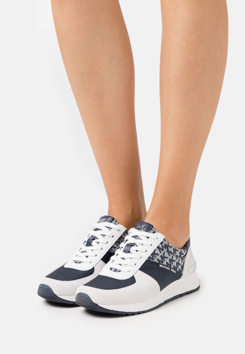 MICHAEL Michael Kors - ALLIE TRAINER - Zapatillas - navy/optic white