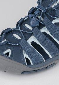 Keen - CLEARWATER CNX - Walking sandals - navy/blue glow - 5