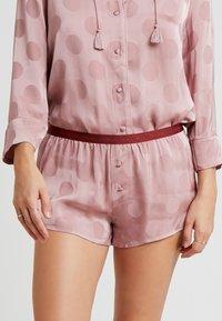 LOVE Stories - SUNDAY SHORT - Pyjama bottoms - blossom - 0