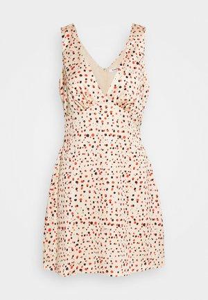 PRINTED SLEEVELESS MINI SLIP DRESS - Vestido informal - rose multi