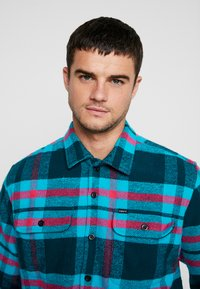 Obey Clothing - FITZGERALD  - Shirt - deep teal - 4