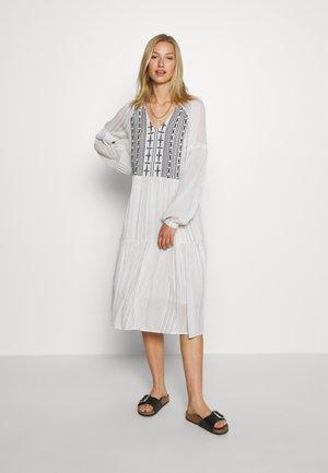 YASSTELLA MIDI DRESS - Denní šaty - star white/blue
