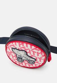 Tommy Hilfiger - GIRLS SEASONAL MONO BUMBAG - Across body bag - deep crimson/cotton candy - 2