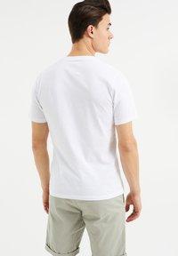 WE Fashion - T-Shirt print - white - 2