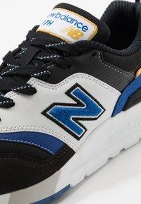 New Balance - 997 - Zapatillas - black - 5