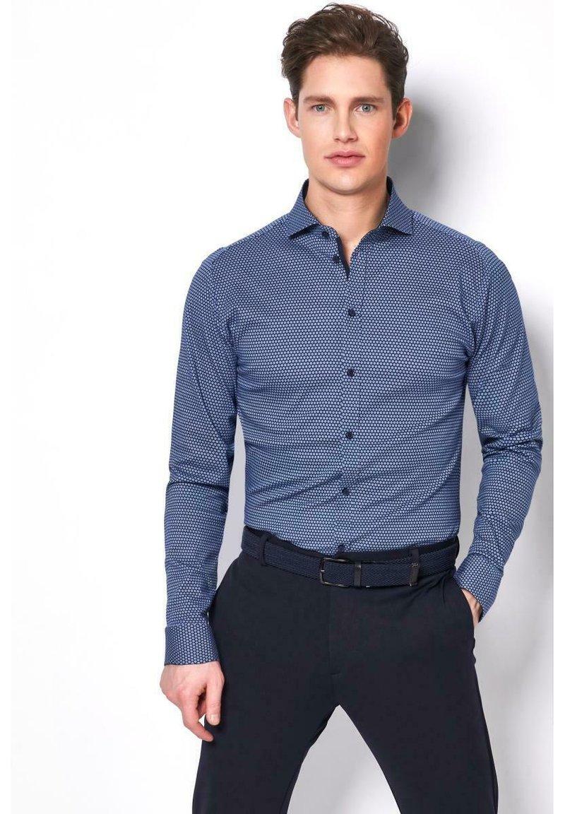 DESOTO - NEW HAI  - Formal shirt - blue white dots