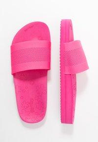 flip*flop - POOL  - Pantofle - very pink - 2