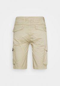 Gianni Lupo - Shorts - beige - 1