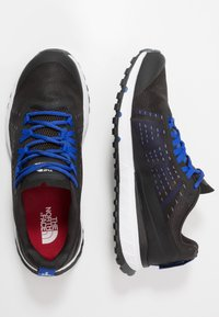 The North Face - MEN'S ULTRA SWIFT - Trail running shoes - black/blue - 1