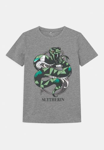 NKMHARRYPOTTER  - Print T-shirt - grey melange