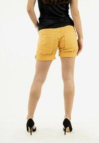 PLEASE - Shorts - yellow - 2
