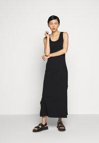 Holzweiler - HIDRA DRESS - Jersey dress - black - 0