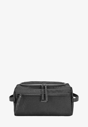 CONTRATEMPO  - Wash bag - black