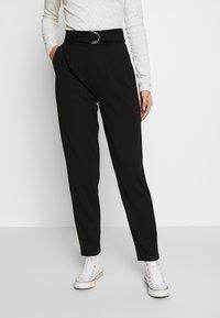PIECES Tall - PCNALA  ANKLE PANTS - Pantalon classique - black - 0