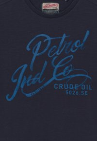 Petrol Industries - Print T-shirt - deep capri - 3