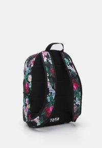 Nike Sportswear - HERITAGE UNISEX - Mochila - black/sail - 1