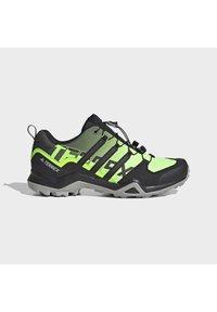 adidas Performance - TERREX SWIFT R2 HIKING SHOES - Hikingsko - green - 6