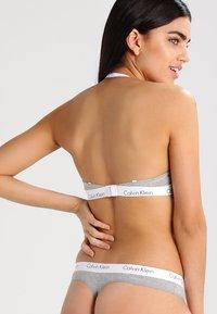 Calvin Klein Underwear - BRA - Sujetador sin tirantes/multiescote - grey heather - 4