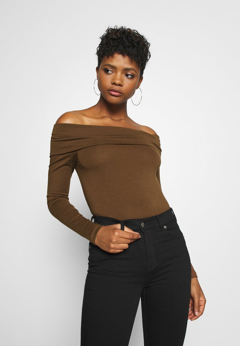 Vero Moda - VMPANDA OFF SHOULDER - Long sleeved top - dark brown