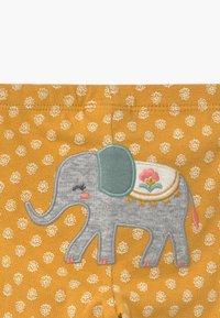 Carter's - ELEPHANT 2 PACK SET - Body - yellow/white - 4