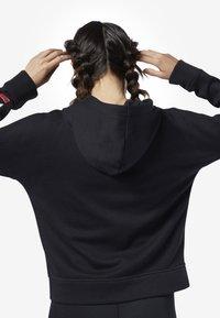 Reebok - TRAINING ESSENTIALS FULL ZIP SWEATSHIRT - Zip-up hoodie - black - 1