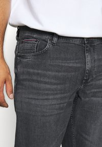 Tommy Hilfiger - MADISON AGAR - Straight leg jeans - denim - 5