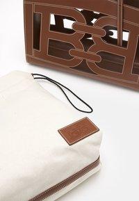 Bally - CABANA CALIE SET - Handbag - cuero - 7