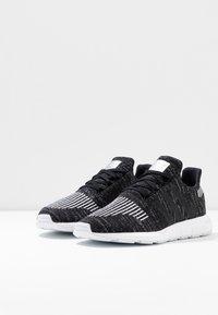 adidas Originals - SWIFT RUN  - Sneaker low - core black/silver metallic/footwear white - 4
