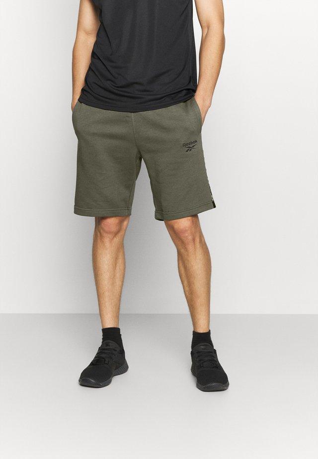 TAPE SHORT - Pantalón corto de deporte - army green