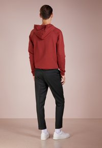 Filippa K - TERRY CROPPED PANTS - Trousers - dark spruce - 2