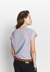 Moschino Underwear - SHORT SLEEVE - Pyjama top - gray melange - 2