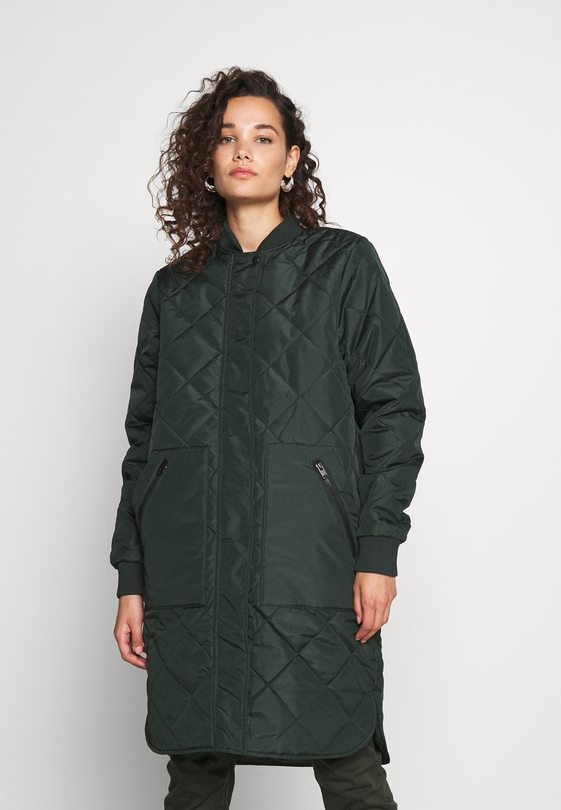 Selected Femme - SLFNATALIA QUILTED COAT - Bomber Jacket - scarab
