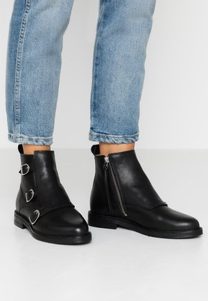 BORDER DANDY MONK BOOT - Ankle boots - black